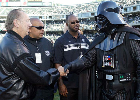 Al_davis_and_darth_davis_2
