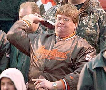 Cleveland_fan_launches_beer