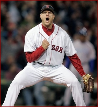 Jonathan_papelbon_celebration_phi_2