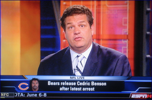 Mike_golic_is_a_bear