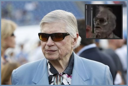 Bud Adams Middle Finger