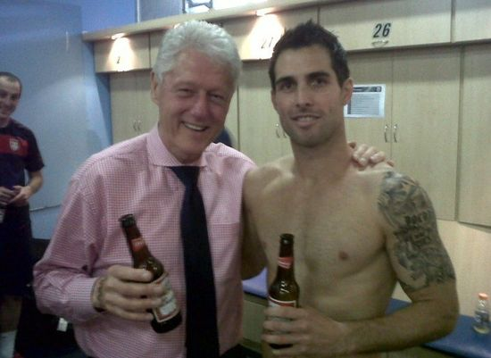Bill Clinton spotted swapping sexcapades