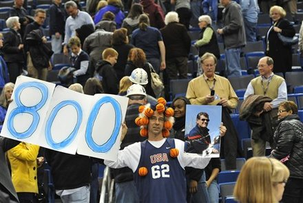Uconn Womens Fan